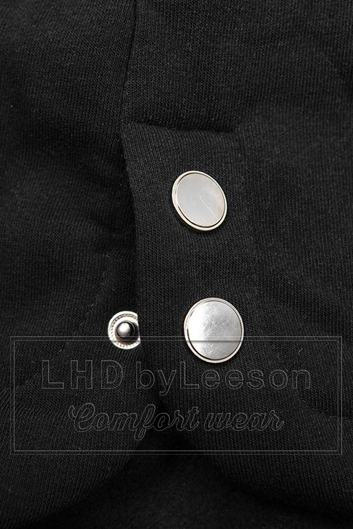 Czarna długa bluza z kapturem w kwiaty