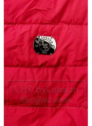Czerwona ocieplana czarnym pluszem kurtka z przeszyciami