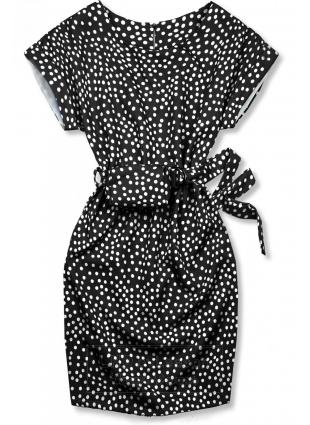 Czarna sukienka w kropki z torebeczką na pasku
